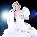 """「Hey!Say!JUMPと発売日かぶった!!」歌姫・浜崎あゆみ""""25作連続首位記録""""ついにストップか"""