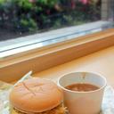 懲りないバーガー屋が生んだ 炭水化物のバケモノ『大勝軒 元祖つけ麺バーガー』