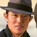 """2丁目で大人気!""""村岡印刷さん""""鈴木亮平の脱ぎっぷりがスゴい!"""