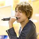 『トッキュウジャー』の主題歌を歌う、伊勢大貴の初ソロCDインストアイベントに潜入!