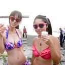 水着ギャルもウキウキ、江の島で18禁ゴミ拾い大会開催! 若者たちがゴミ拾いでTENGA童貞を脱出!!