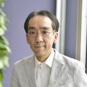 """""""断れない作曲家""""新垣隆が振り返る「あの騒動」と、バラエティ番組に出まくるワケ"""
