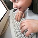"""年金情報125万件流出事件 ITセキュリティを軽視する""""情弱""""組織は大丈夫か"""