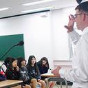 生徒・同僚へのストーカー&セクハラ常習犯で5人を逮捕! 韓国の学園は教師のセクハラ天国!?