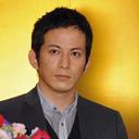 "V6・岡田准一と宮崎あおい""熱愛報道""の裏で起きていた大事件「コワモテ男が壁にパンチ!」"