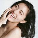 "SKE48松井珠理奈(18)""手ブラ""初写真集出版に熟女マニア歓喜!?「この枯れた感じは……(ゴクリ)」"