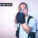 """米オレゴン州銃乱射事件で思い出される、""""史上最悪の銃撃犯""""チョ・スンヒが韓国人に残したトラウマ"""