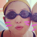 佐々木希のスクール水着姿に「もうちょっとカメラ下げて!」舞台映えするモデル体型を活かし、舞台女優として邁進へ!?