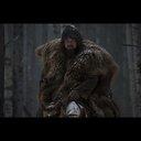 """ディカプリオの""""熊コート""""はどう作られた? 『レヴェナント:蘇えりし者』衣装にスポット"""