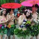 現代版ヒッピー!? 中国の若者の間で、半裸で愛を誓う「裸族婚」がひそかなブーム