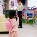 「保育園落ちた日本死ね」どころじゃない!? 韓国の保育園で繰り返される、保育士による園児暴行被害
