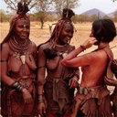 """アフリカを愛する""""全裸の写真家""""ヨシダナギのクレイジー紀行『ヨシダ、裸でアフリカをゆく』"""
