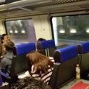 混み合う国際列車内でもお構いなし! 韓国人もドン引きする「韓国人のマナーの悪さ」