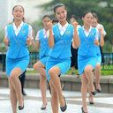 「機内でも踊ってくれ!」中国の公園でスッチーの卵が謎の集団セクシーダンス?