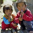 自殺、餓死、レイプ被害……深刻化する中国農村「留守児童」問題、1万人超が孤児化か