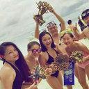沖縄ではウミガメ捕獲も……中国観光客がマレーシアのサンゴを乱獲、ドヤ顔で記念写真!?
