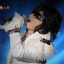"""X JAPAN・ToshIが困窮で超必死!? チケット10万円超""""私物バラ撒きディナーショー""""に漂う違和感"""