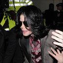 マイケル・ジャクソン、息子へのアドバイスは「誰も信じるな」 莫大すぎる資産を危惧!?