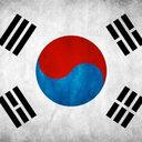 朴槿恵を支持する高齢者たちが極右化? 「太極旗」片手に大暴れ中!