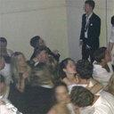 講堂にマットレスを敷き詰め、キメセク! 豪名門大学の伝統「乱交パーティー」の実態とは?