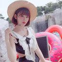 """宮脇咲良、水着ショット披露に「リアル天使!」と絶賛の声 """"世界一美しい顔""""選出に期待高まる"""