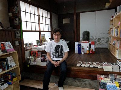 なぜ、人はそこに集うのか? 新店舗には喫茶ルームもできた「カストリ書房」に、サウダーデを見たの画像2