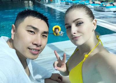 年会費だけで160万円……ウクライナの美人JKと結婚した中国人が立ち上げた「出会い系」が話題の画像1