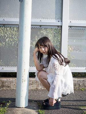 総天然色アイドル図鑑『塩川莉世(転校少女歌撃団)』の画像4