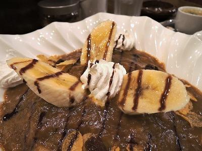 メインとデザートが一緒に楽しめる? 永遠の食べ合わせ問題『バナナパフェ風カレー』の画像2
