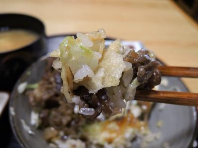 地味でも街一番のフォトジェニックメニュー『ありそうでなかった牛丼』って!?の画像5