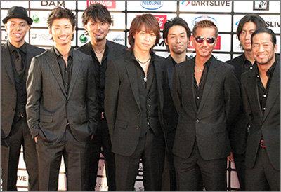 宇多田ヒカル無特典アルバムが、EXILEの金ザイル商法に完勝! ネットには「痛快」の声もの画像1
