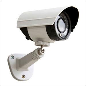 監視カメラごと盗んで証拠隠滅!? 生活苦にあえぐ「貧困窃盗犯」の大胆すぎる手口の画像1