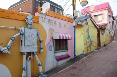 トリップ必至!? 濃厚すぎるファンタジーワールド「松月洞童話村」の画像4
