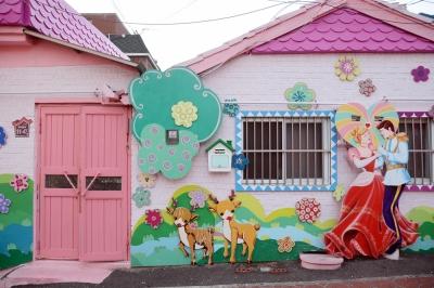 トリップ必至!? 濃厚すぎるファンタジーワールド「松月洞童話村」の画像6
