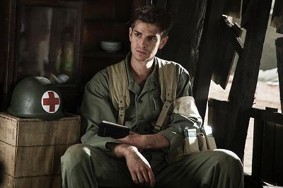 監督メル・ギブソンが描く沖縄地上戦の地獄絵図!! 戦場を丸腰で闘った男の記録『ハクソー・リッジ』の画像1