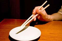 「10人中6人が正しく持てない」!? 1,000年の箸文化が衰退の危機!の画像1