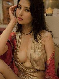 国民の愛人橋本マナミに、幻の「全裸セックス主演映画」が存在した!の画像1