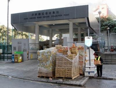腐っても日本製!? 香港で大量廃棄された期限切れ「ジャガビー」に市民が殺到の画像1