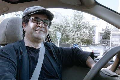 映画製作を禁じられた国際派監督のトンチ人生!! 車中から見えてくるイランの内情『人生タクシー』の画像1