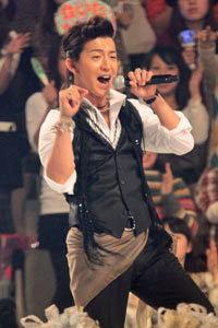フジ亀山社長の退任で、キムタクがとばっちり!?「内定していた10月期の月9主演が白紙に……」の画像1