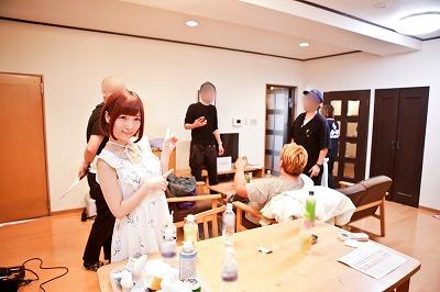 佐倉絆がアダルトVRの撮影現場に潜入! 思わず「わたしもセックスしたい!」の画像2