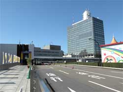 NHK籾井会長の「紅白にSMAPを」発言は、会長選考での続投狙い?「ジャニーズを業界都合で利用すると……」の画像1