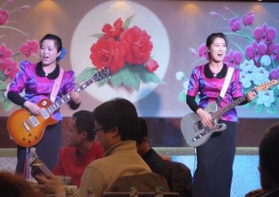 消滅か、セクキャバ化か――国連の新制裁発令で、北朝鮮レストランが大ピンチ!の画像1