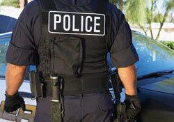 警察官の横暴? 自己防衛? 少年へのテーザーガン攻撃に賛否両論の嵐の画像1