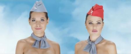 CAたちが裸を張ってPR!? カザフスタン旅行会社のCMが大炎上の画像1