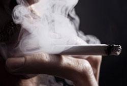 タバコ値上げに裏社会が歓喜!? 北朝鮮謹製の海賊版「コピータバコ」需要が激増中!の画像1