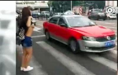 taxi0810.jpg
