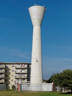 団地の給水塔の地位向上を目指す「日本給水党」党首に会ってきたの画像1