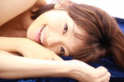 yoshidahitomi01.jpg