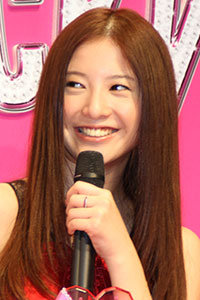 吉高由里子に「クソババア!」、大倉忠義との交際継続報道で関ジャニファンが罵詈雑言の画像1